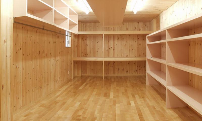 M邸・ホームパーティーも楽しめる!ゲストを魅了する住まいの部屋 大容量収納スペース
