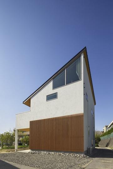 M邸・スタイリッシュな和の家の写真 シャープな外観