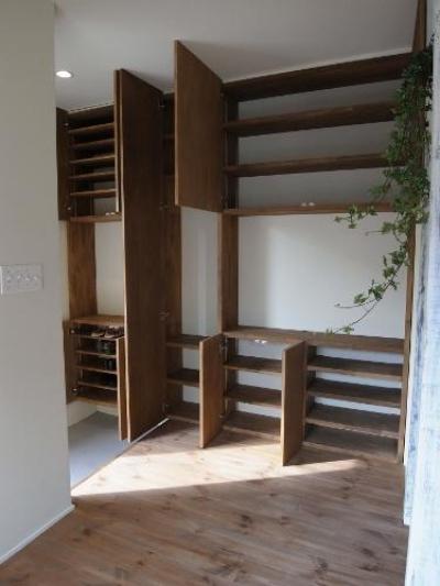 玄関収納 (造作家具&プチアンティーク)