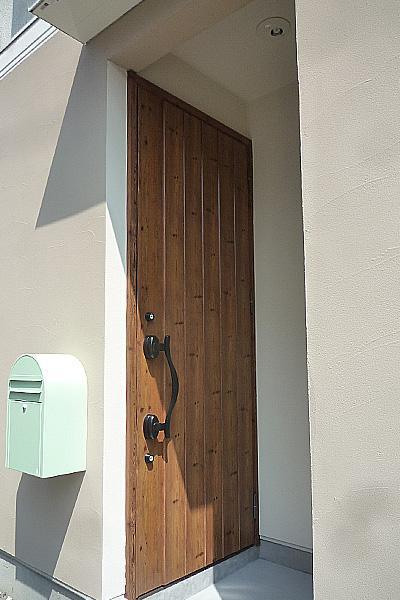 造作家具&プチアンティークの部屋 玄関