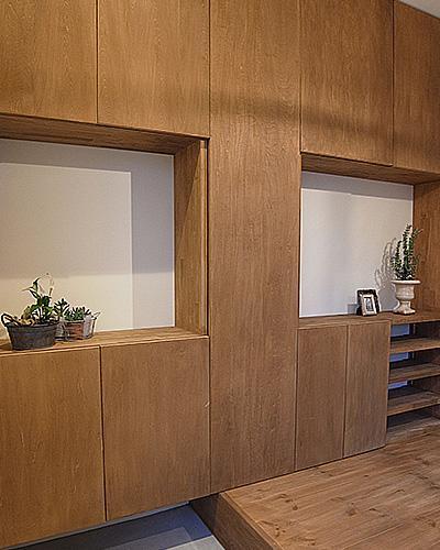 造作家具&プチアンティークの部屋 玄関収納2