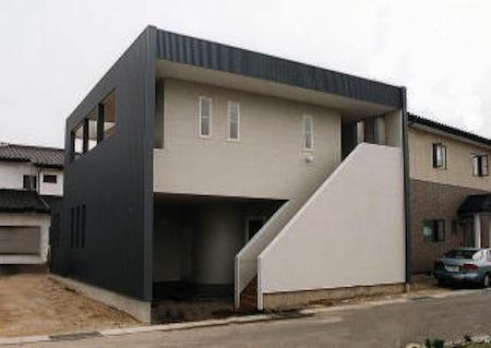 多勢邸・螺旋階段がつなぐ住まいの部屋 シンプルモダンな外観-2
