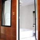 都心の狭小地で3階建ての写真 バスルーム