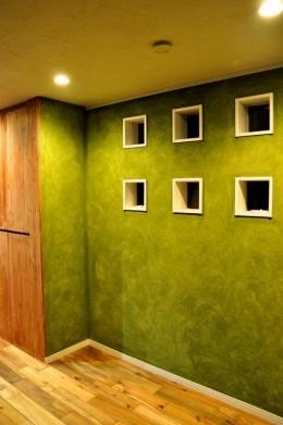グリーンの家 (ブロック窓)