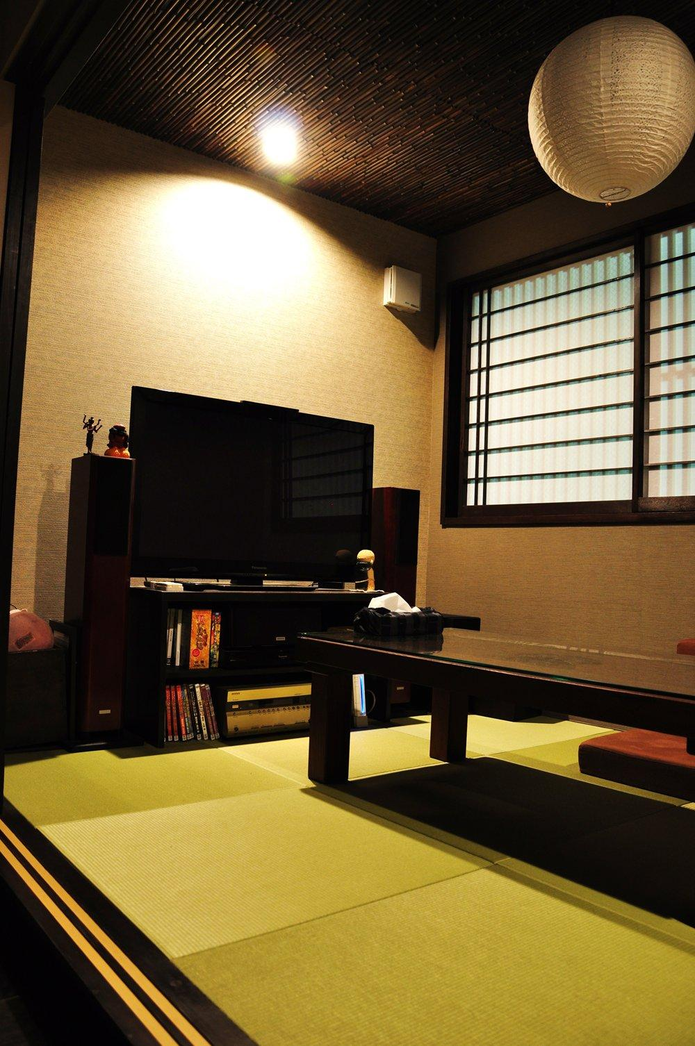 都心の狭小地で京和風の家 (和室)