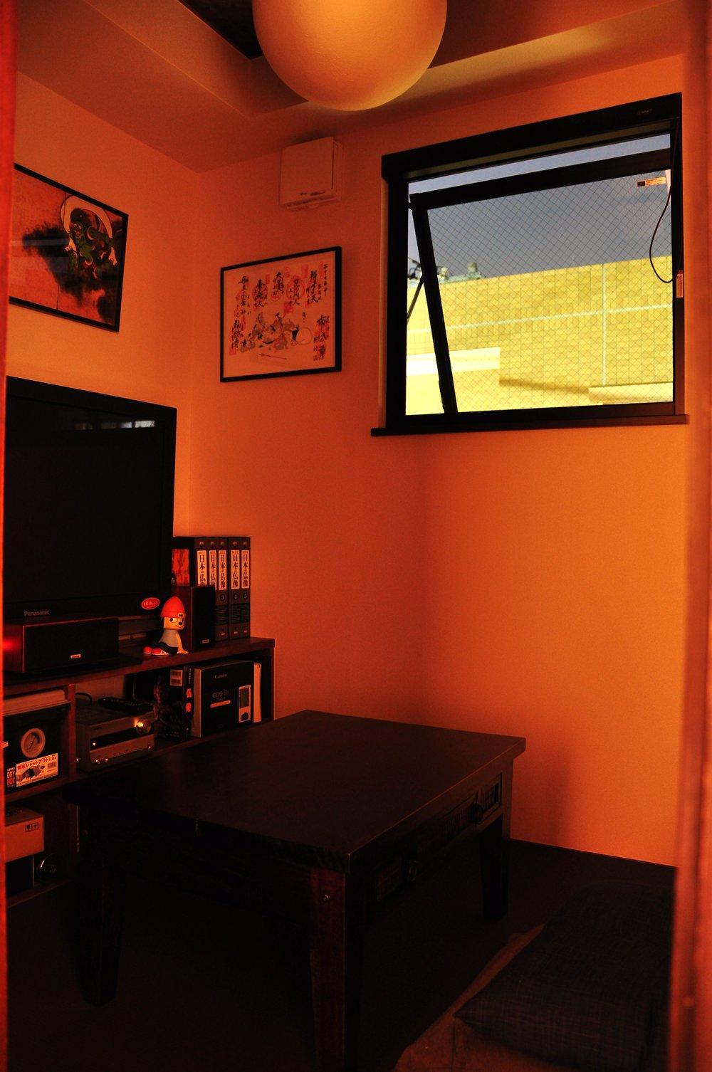 都心の狭小地で京和風の家の写真 居室