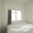 光と風が入るベッドルーム