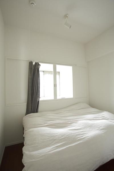 光と風が入るベッドルーム (O邸・シンプルナチュラルなあたたかさ)