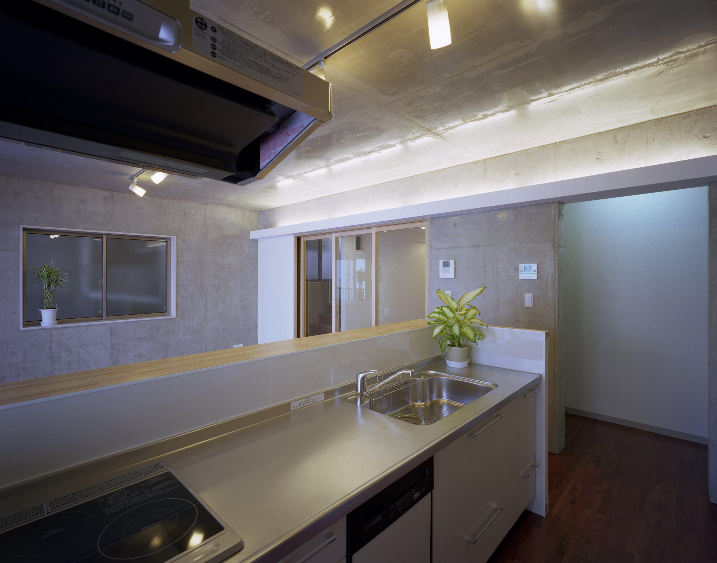 東京都台東区 T邸の写真 広々としたキッチン