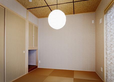 『Mz邸』ヨーロピアンテイストの住まいの部屋 和モダンな和室