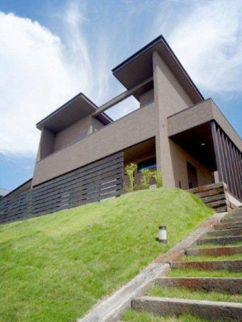 『眺望の家』レトロモダンな住まい (眺望の家-外観3)