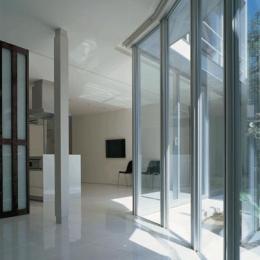 『sukatto』厳しい気候でも活力ある暮らしができる家 (太陽光を取り込むサンルーム)