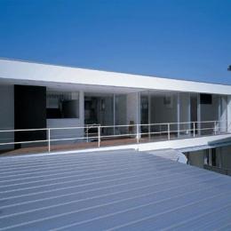 『sukatto』厳しい気候でも活力ある暮らしができる家 (2階テラスを望む)