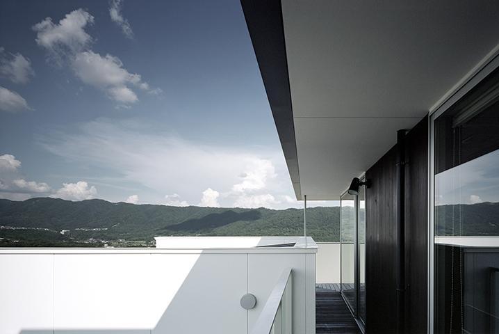 鶯の蒼荘の部屋 山が一望できるテラス