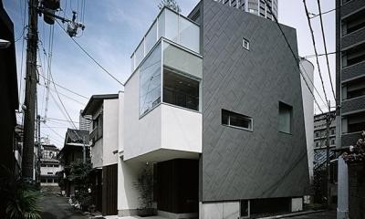 狭小地に建つ3階建の小住宅|PIKE
