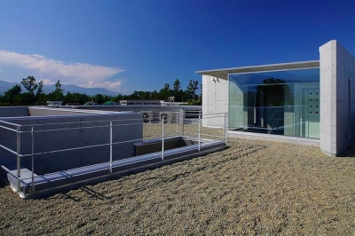 屋上 (『N Residence』柔らかな光に満たされた二世帯住宅)