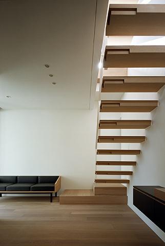 MANAの部屋 印象的な室内階段