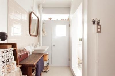 洗面スペース (団地リノベーション! レトロなアトリエ空間をリノベーション×DIYで作る)