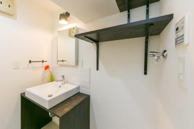 オリジナル洗面台 (自然素材&室内窓のある暮らし。)