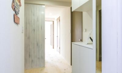 北欧Style+和室=ギャップを楽しむ家。 (玄関)