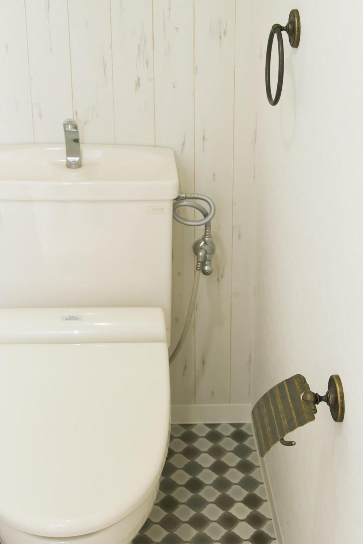北欧Style+和室=ギャップを楽しむ家。 (トイレ)