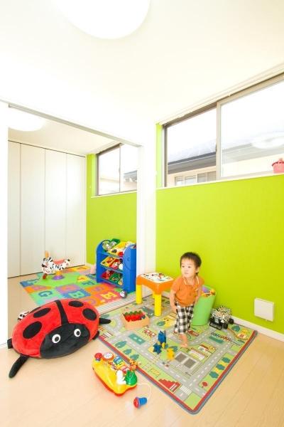 子供部屋 (空が見える家)