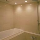 レインシャワーのバスルーム
