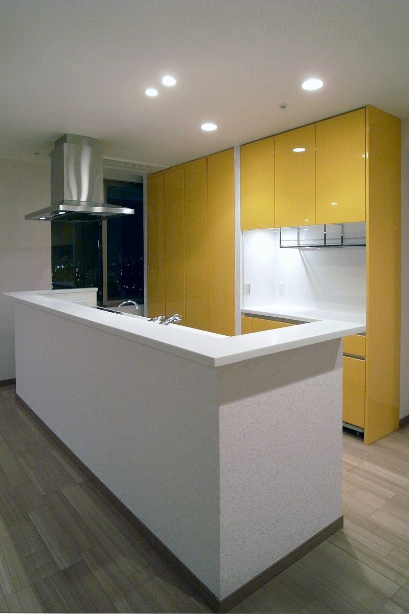 リビングを広くの部屋 コンパクトなキッチン