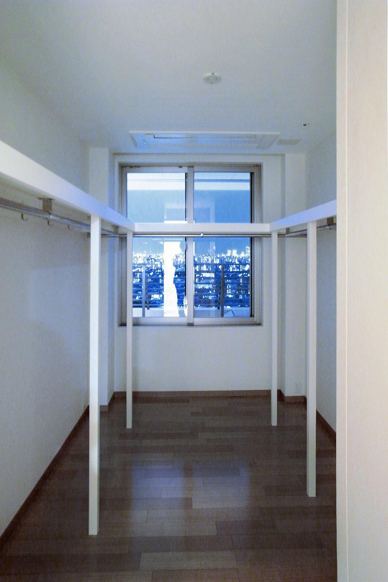 リビングを広くの部屋 眺望のウォークインクローゼット