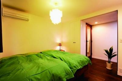 ミッドセンチュリーの家具に合わせた、60's Style提案 (寝室)