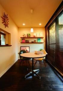 ミッドセンチュリーの家具に合わせた、60's Style提案の部屋 ダイニングスペース