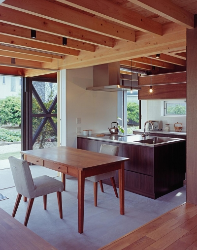 『蒲郡の家』~土間のダイニングキッチンのある家~ (土間コンクリートのダイニングキッチン)