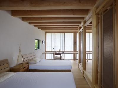ベッドルーム (八ヶ岳の山荘)