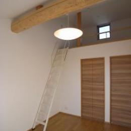 harutaF邸 (天窓のあるロフト)
