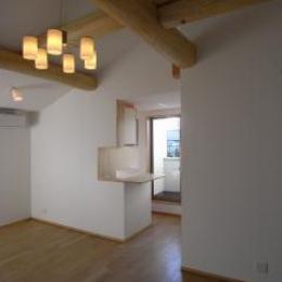 harutaF邸 (開放感のある勾配天井のリビング)