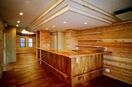 O2邸 (木を感じるキッチン)
