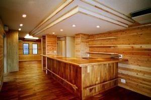 O2邸の部屋 木を感じるキッチン