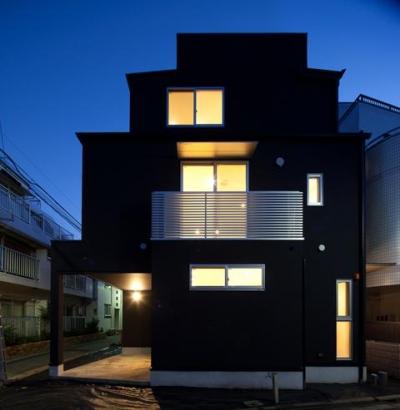 フォルムがユニークでコケティッシュなデザインハウス:杉並区M様邸 (外観)