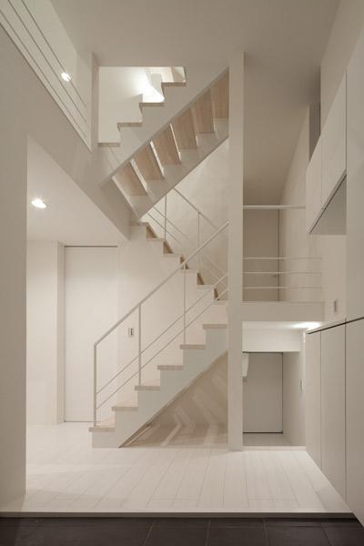 フィルムの美しい階段のある注文住宅:杉並区T様邸 (フォルムの美しい階段)