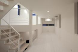 フィルムの美しい階段のある注文住宅:杉並区T様邸 (スキップフロア1)