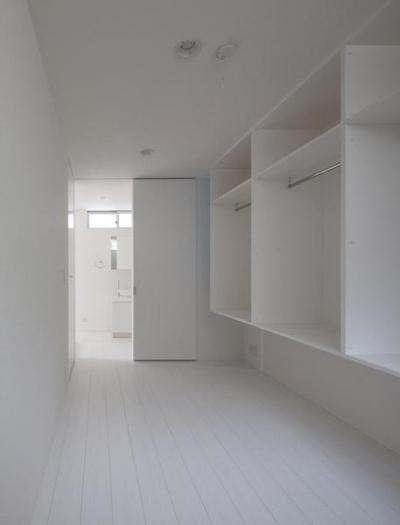 収納棚 (フィルムの美しい階段のある注文住宅:杉並区T様邸)