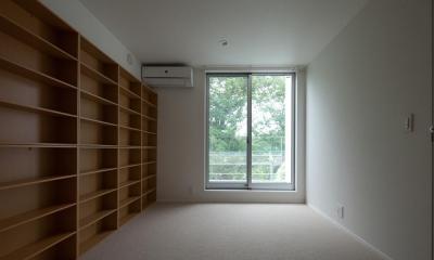 スタイリッシュなデザイン住宅・光の満ちる贅沢空間:杉並区K様邸 (洋室 書斎としても)