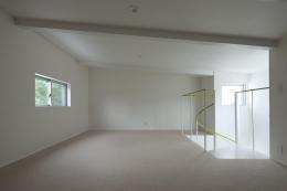 スタイリッシュなデザイン住宅・光の満ちる贅沢空間:杉並区K様邸 (ロフト)