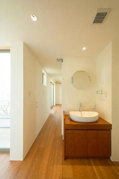 洗面コーナー (眺めのいい窓)