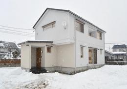 米沢・徳町の家 (シンプルな外観)