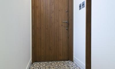K邸 (ポルトガルタイルがお出迎えの玄関)