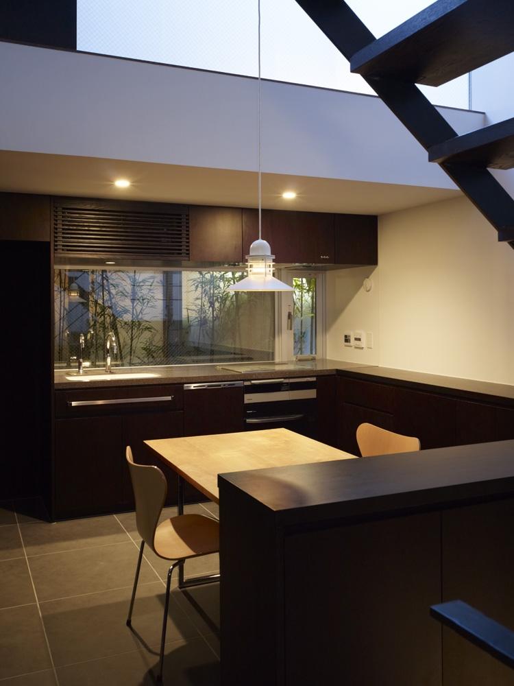 建築家:森清敏/川村奈津子「白金の家」