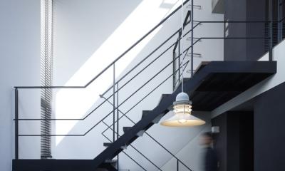 白金の家 (階段)