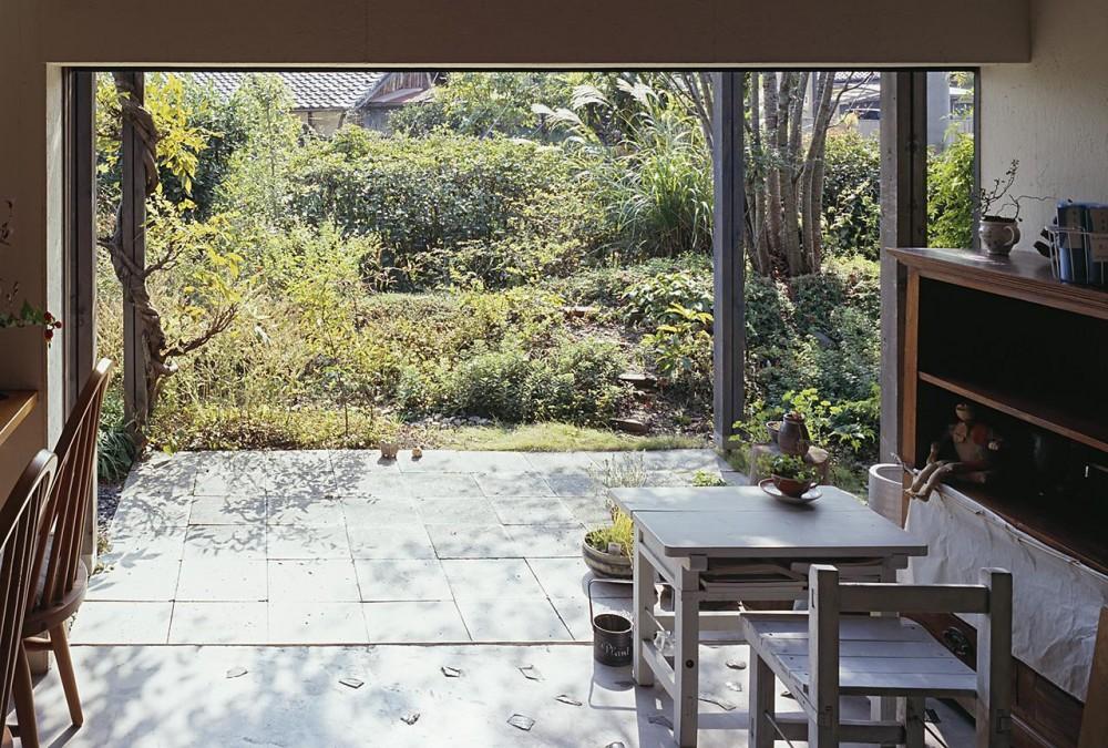 『知多の家』~緑のオアシス~(gallery & dining cafe) (カフェスペース外のあるテラス)