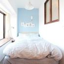ときめくヴィンテージの写真 アクセントクロスが印象的なベッドスペース